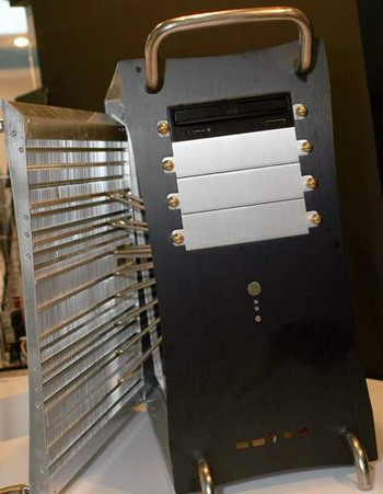 Name:  thermalright hsc-100 passive cooling case.jpg Views: 75 Size:  40.8 KB