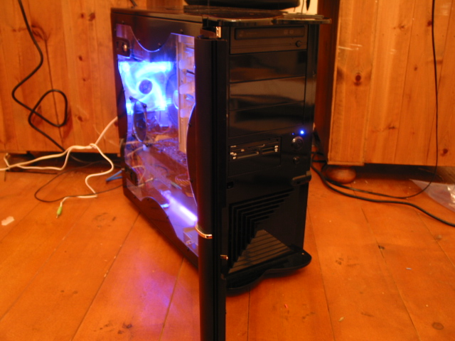 Thermaltake Soprano DX Case, front opened