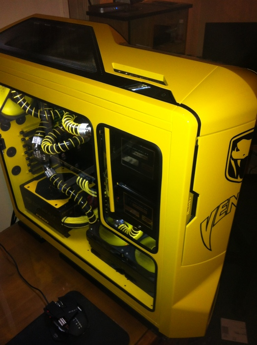 painting your custom pc like a show car finish dump the spray cans. Black Bedroom Furniture Sets. Home Design Ideas