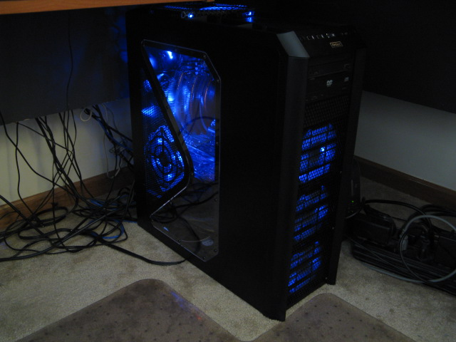 My new rig, AM2 6000+ @3.3ghz and 1.5v