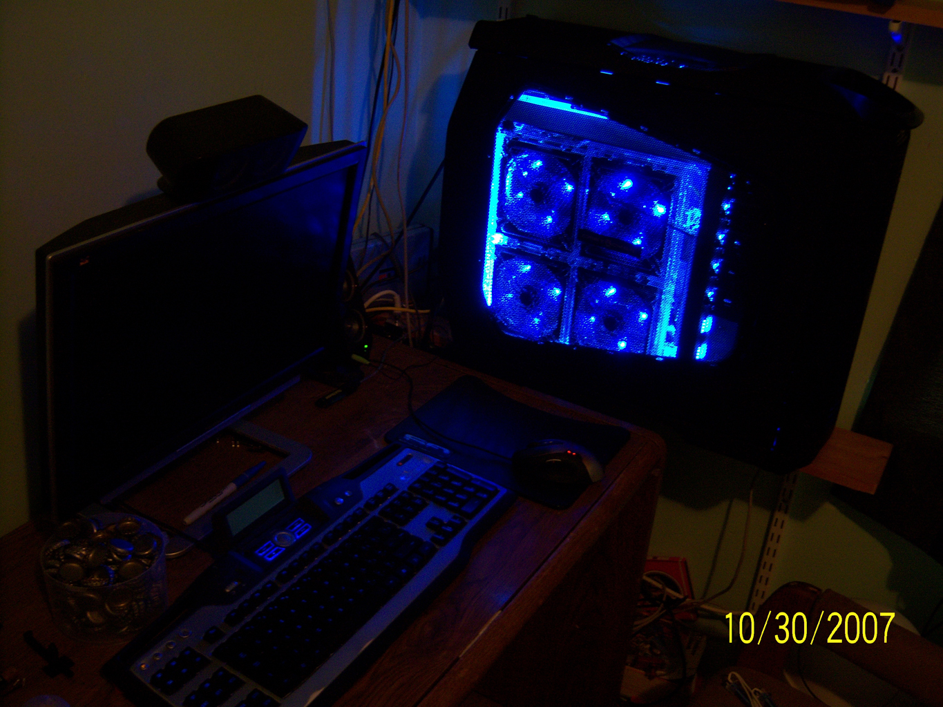 That warm glow means it's happy! Still can't decide where to put the other 4 cathodes I got.