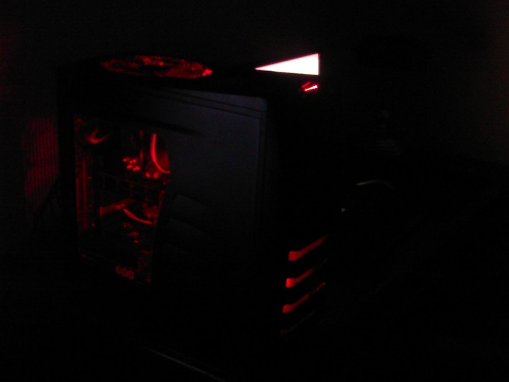 before the h100 (hyper 212 evo push/pull with Corsair SP120 HP editions and top 200mm Coolermaster Megaflow RED LED exhaust (replaced with H100)