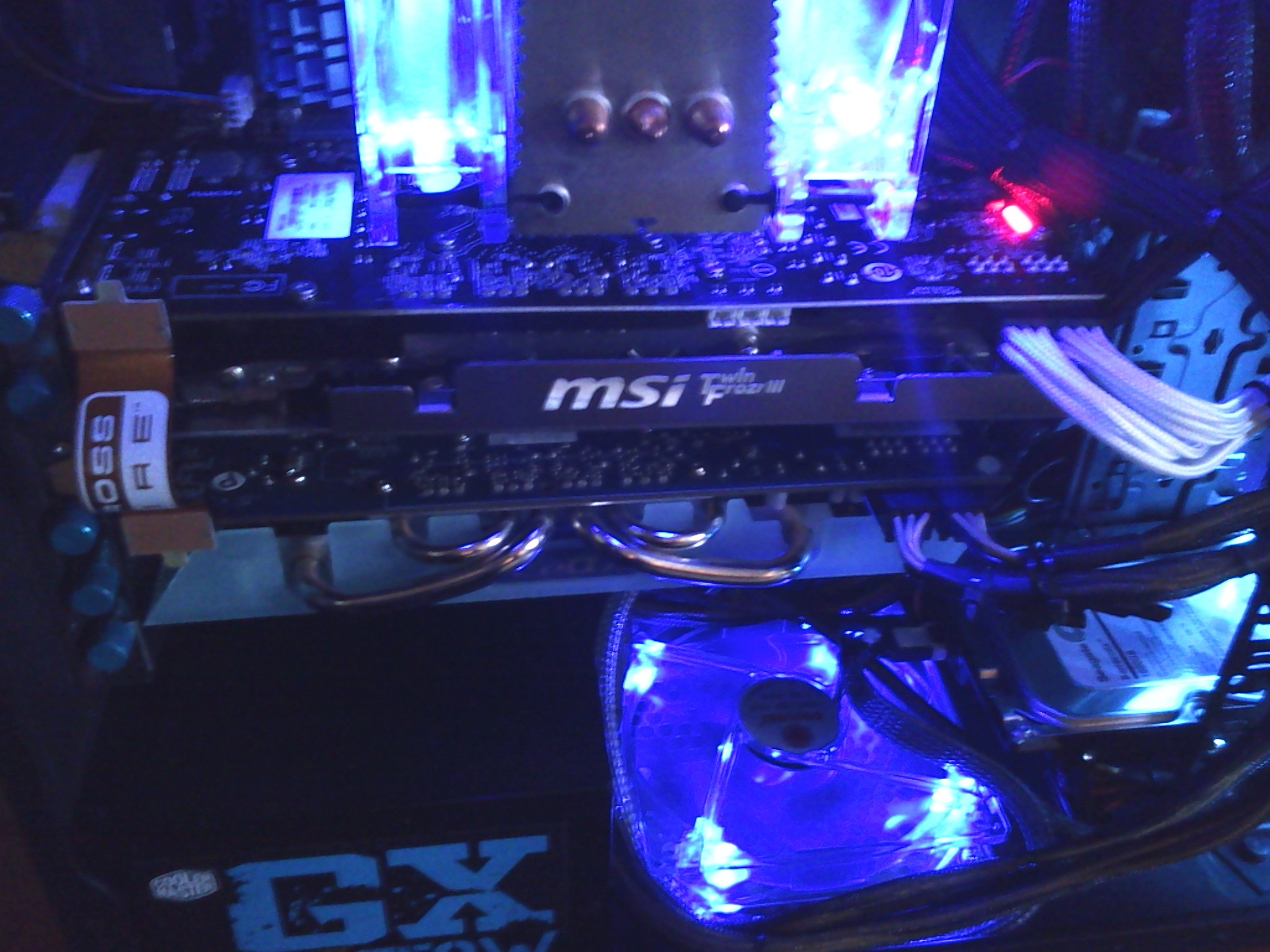 New gpu set-up Radeon 6870 crossfire.... A little better then my old crossfired 6570s-(joke)
