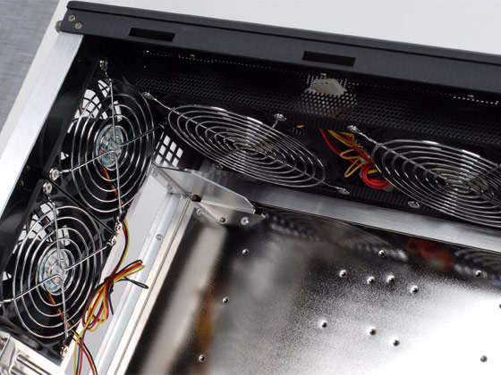 Top dual 120mm fans and rear dual 92mm fans