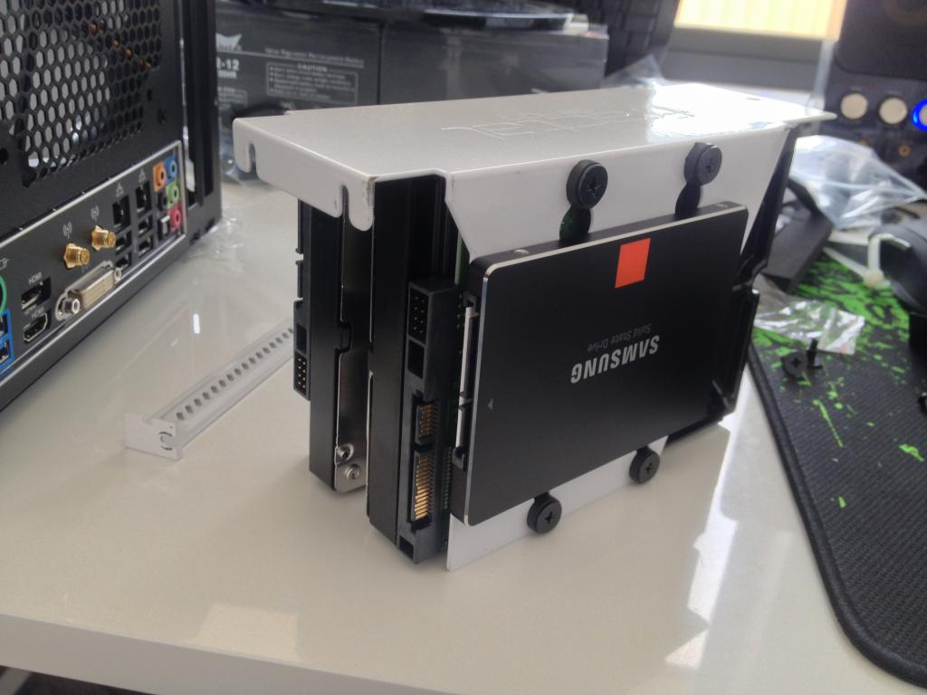 Hi Guys Just Some Eye Candy For You On My Various Configs With Node 304 Might Find SSD HDD Mounting Useful