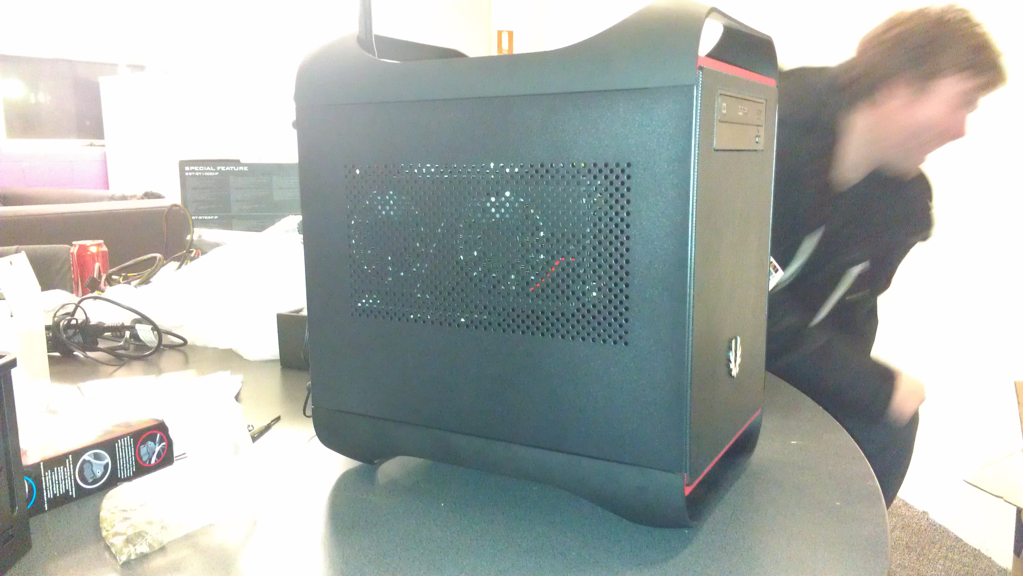 First Mini-Itx build, you can see my photographer in this one. :p