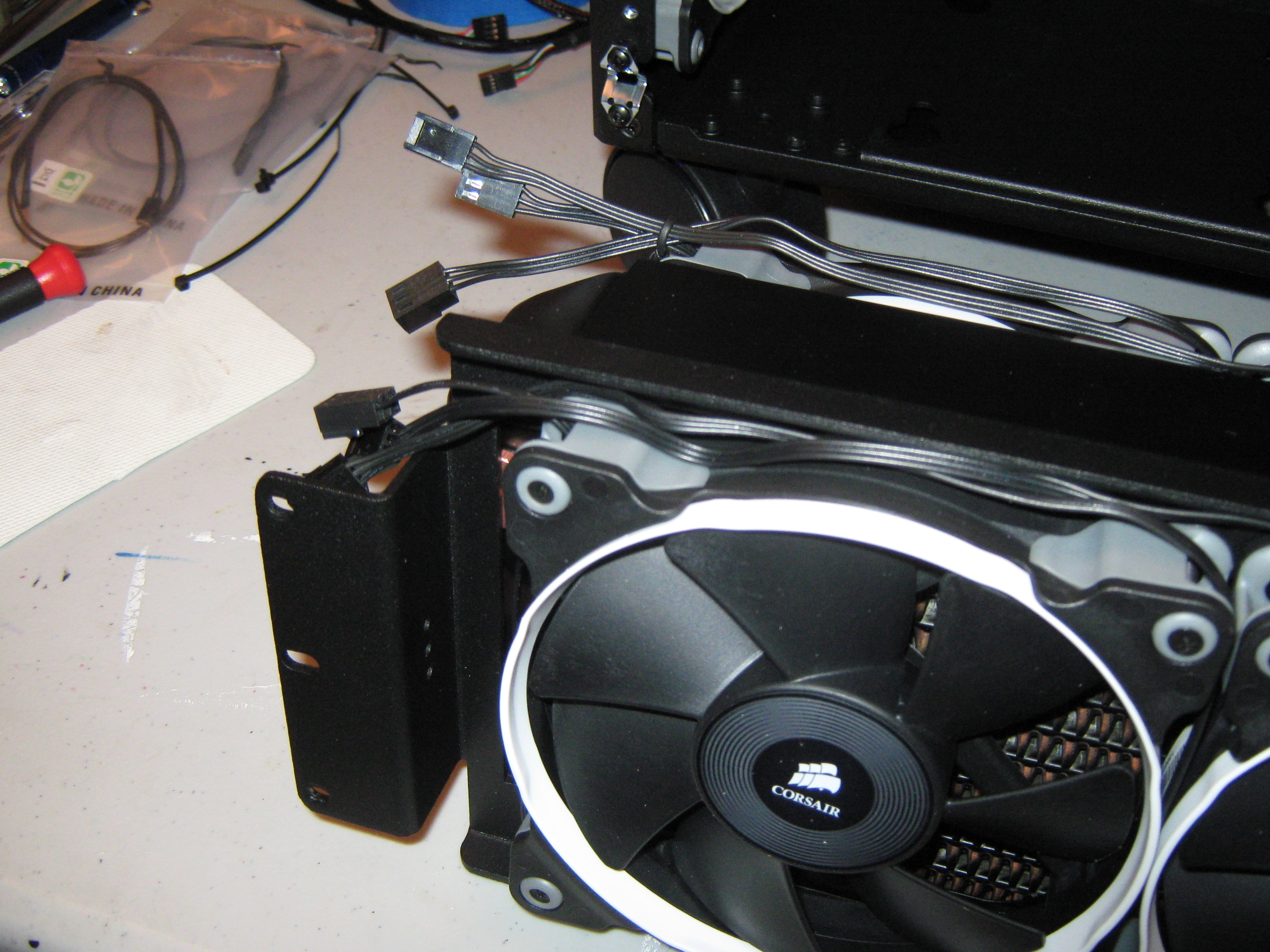 Cables on the side mount 360.