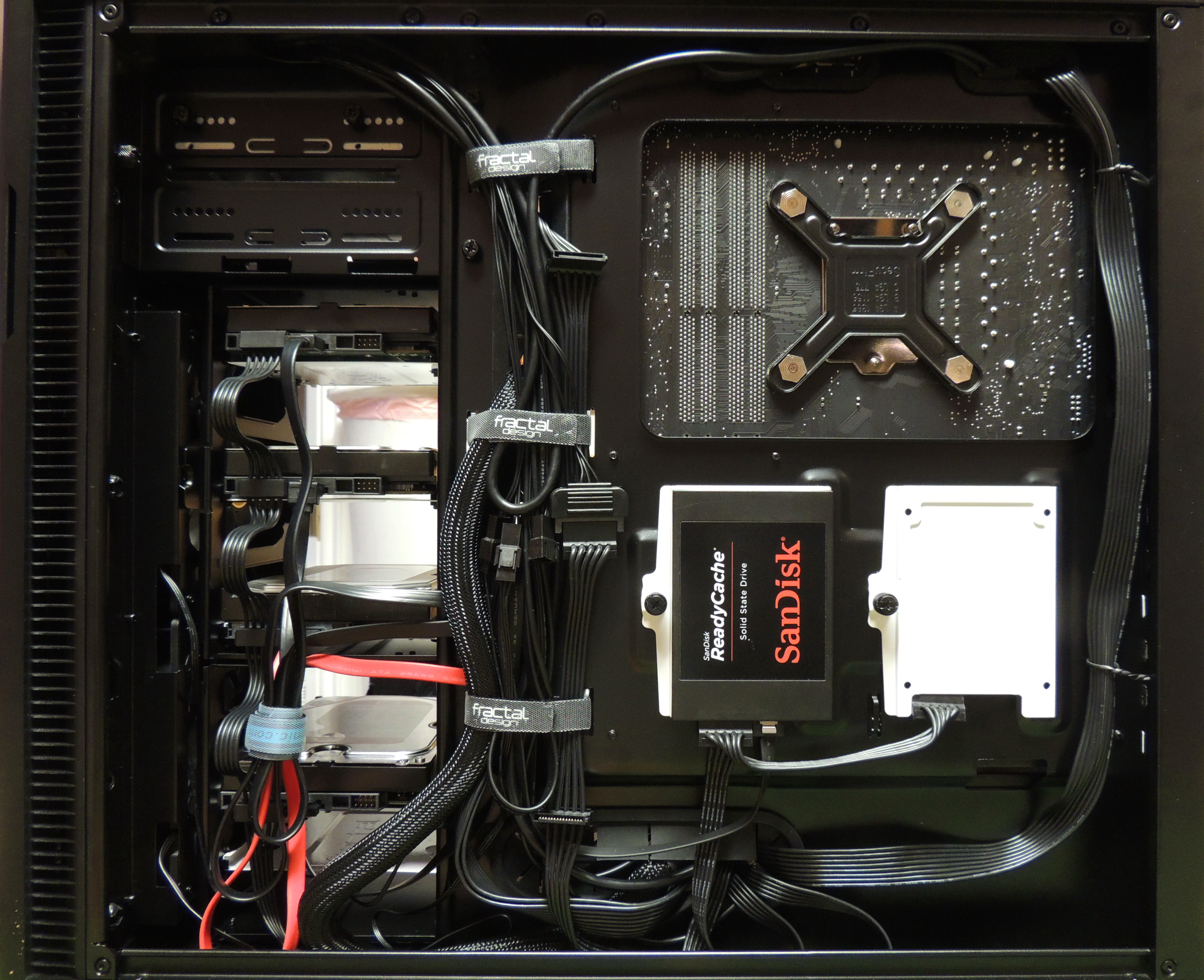 Define R5 back cable routing and SSD mount