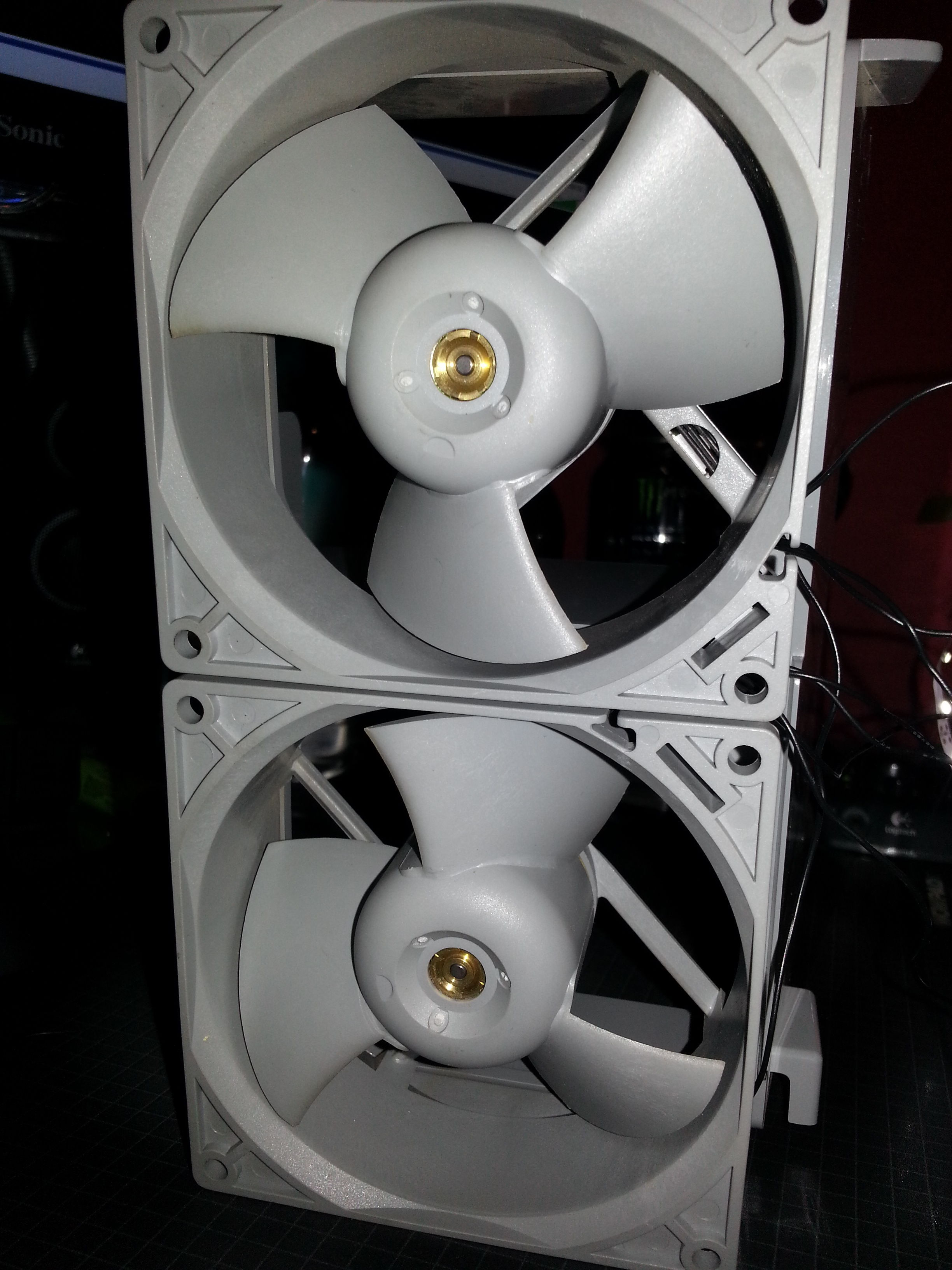 Need Help With 92mm Delta Fan Pinout Efb0912hhe Apple Mac Version Thread Mods Controller And Wirings Any Would Be Great Thanks In Advance