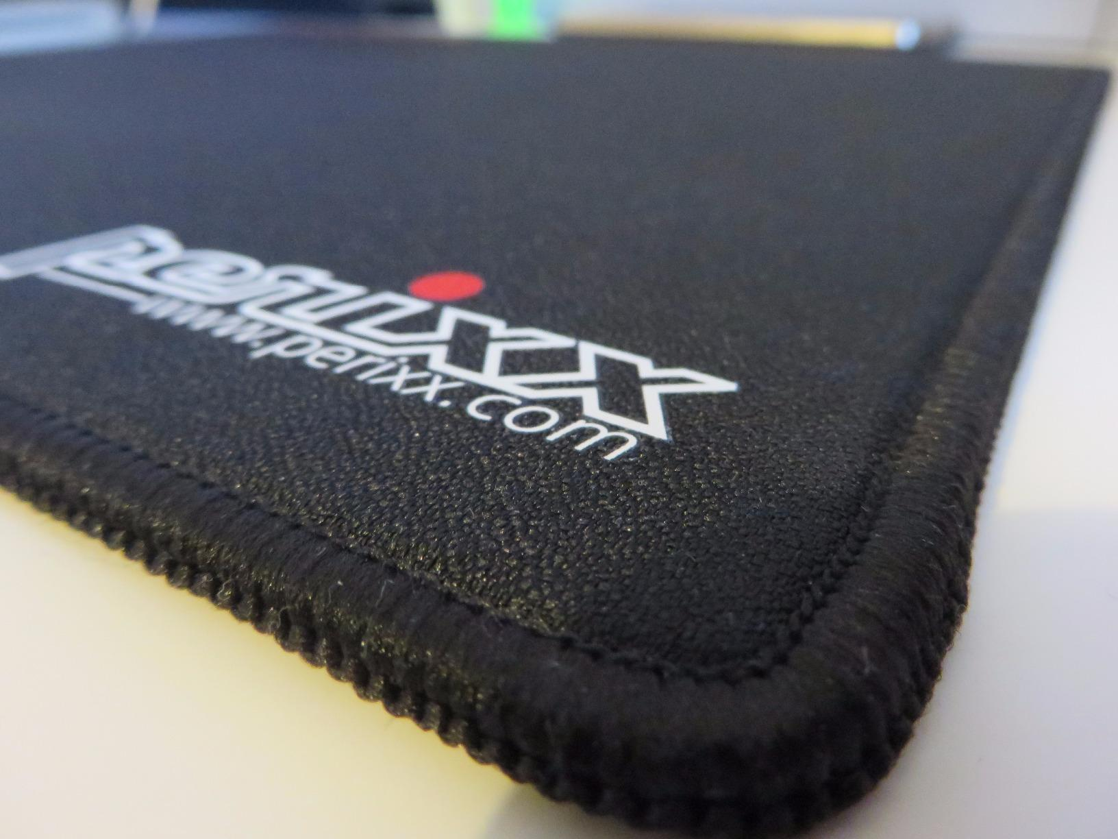 Close up of Perixx DX-2000 mouse pad surface